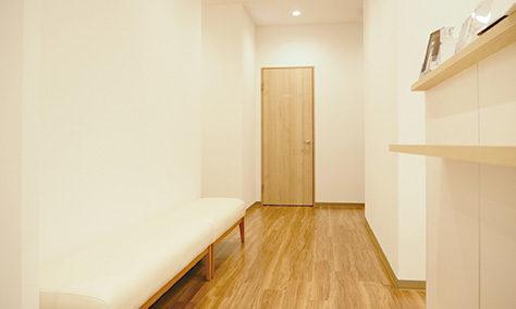 ルシアクリニック福岡天神院の待合室