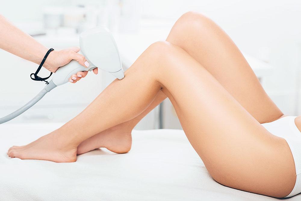 医療脱毛なら毛周期に合わせて5~8回ほどの施術で自己処理が不要な状態になる方が多いです。
