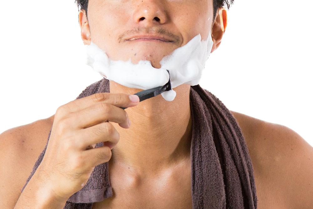 ヒゲ脱毛をすると自己処理は不要になるのでしょうか